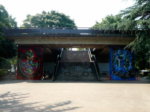 陸橋入り口.JPG